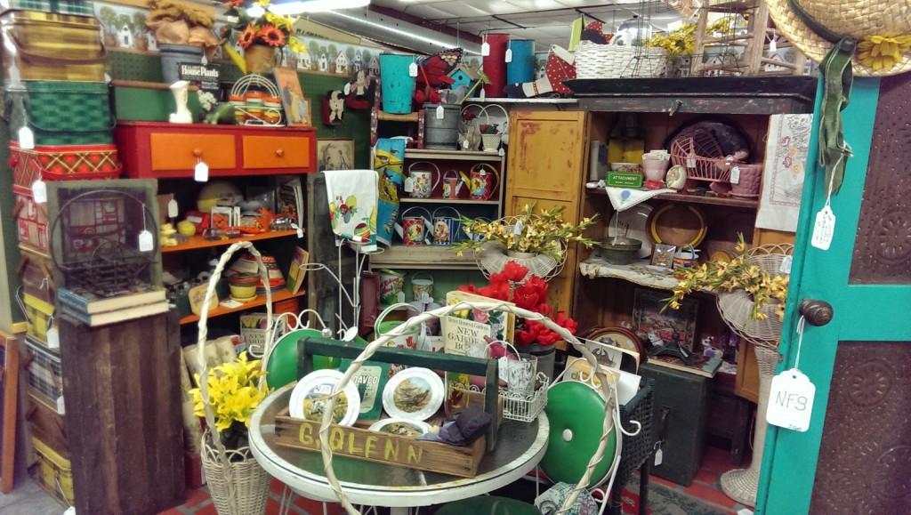 Artichoke Annie's Antiques in Columbia, MO