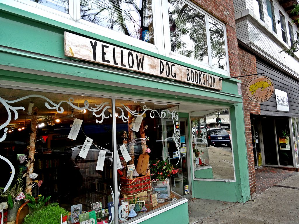 exterior of yellow dog bookshop