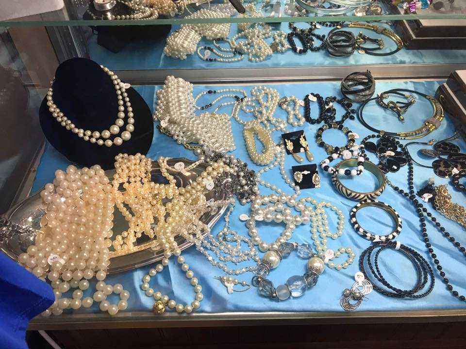 Upscale Resale: jewelry case with pearls and necklaces